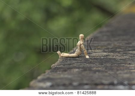 Wood man looks into the country