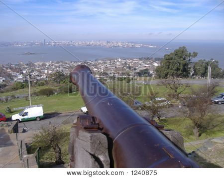 Cannon Pointing To Montevideo