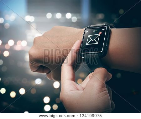Smart Watch With Unread Message Icon