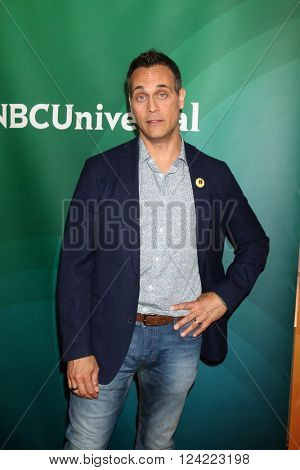 LOS ANGELES - APR 1:  Todd Stashwick at the NBC Universal Summer Press Day 2016 at the Four Seasons Hotel on April 1, 2016 in Westlake Village, CA