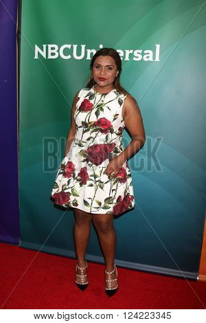 LOS ANGELES - APR 1:  Mindy Kaling at the NBC Universal Summer Press Day 2016 at the Four Seasons Hotel on April 1, 2016 in Westlake Village, CA