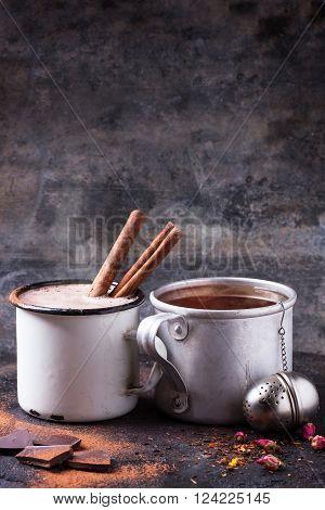 Tea And Hot Chocolate