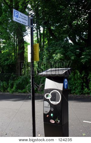 Solar Powered Pay Parking Machine