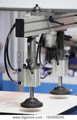 Closed up Vacuum lifter machine in the industry
