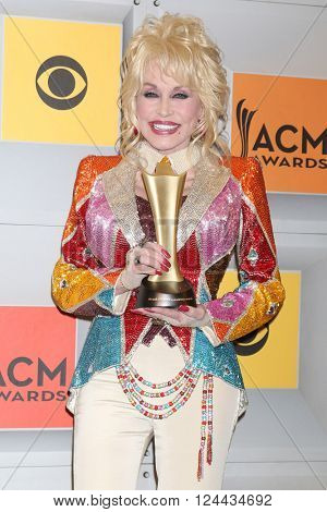 LAS VEGAS - APR 3:  Dolly Parton at the 51st Academy of Country Music Awards at the MGM Grand Garden Arena on April 3, 2016 in Las Vegas, NV