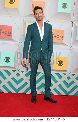 LAS VEGAS - APR 3:  Jake Owen at the 51st Academy of Country Music Awards Arrivals at the Four Seasons Hotel on April 3, 2016 in Las Vegas, NV