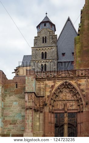 Wetzlar Cathedral is a large church in the town of Wetzlar Germany.Construction began in 1230 and is still unfinished. Portal