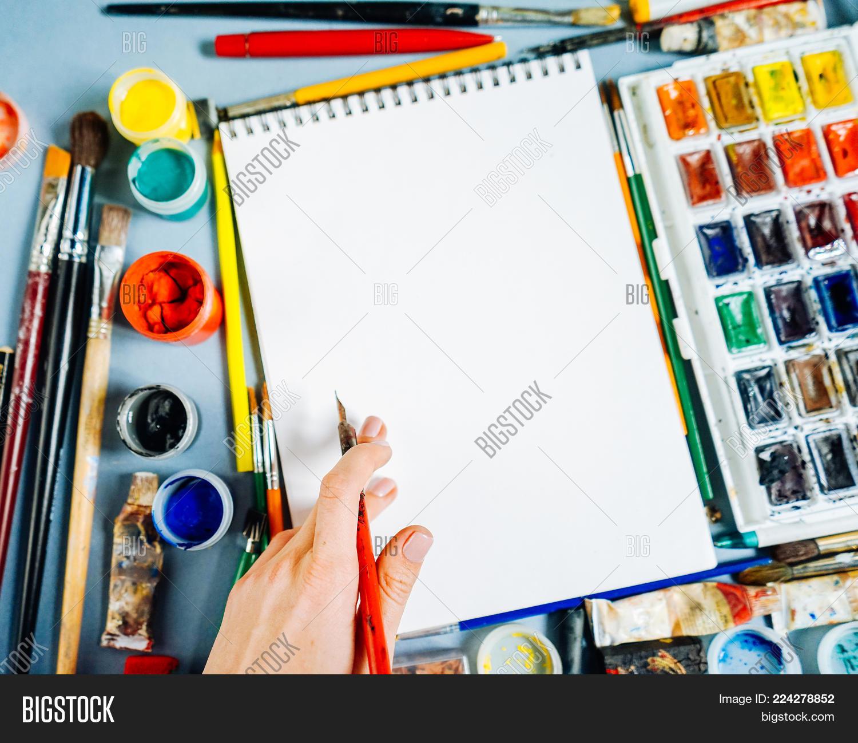 Creativity on a blue table powerpoint template creativity on a p toneelgroepblik Images