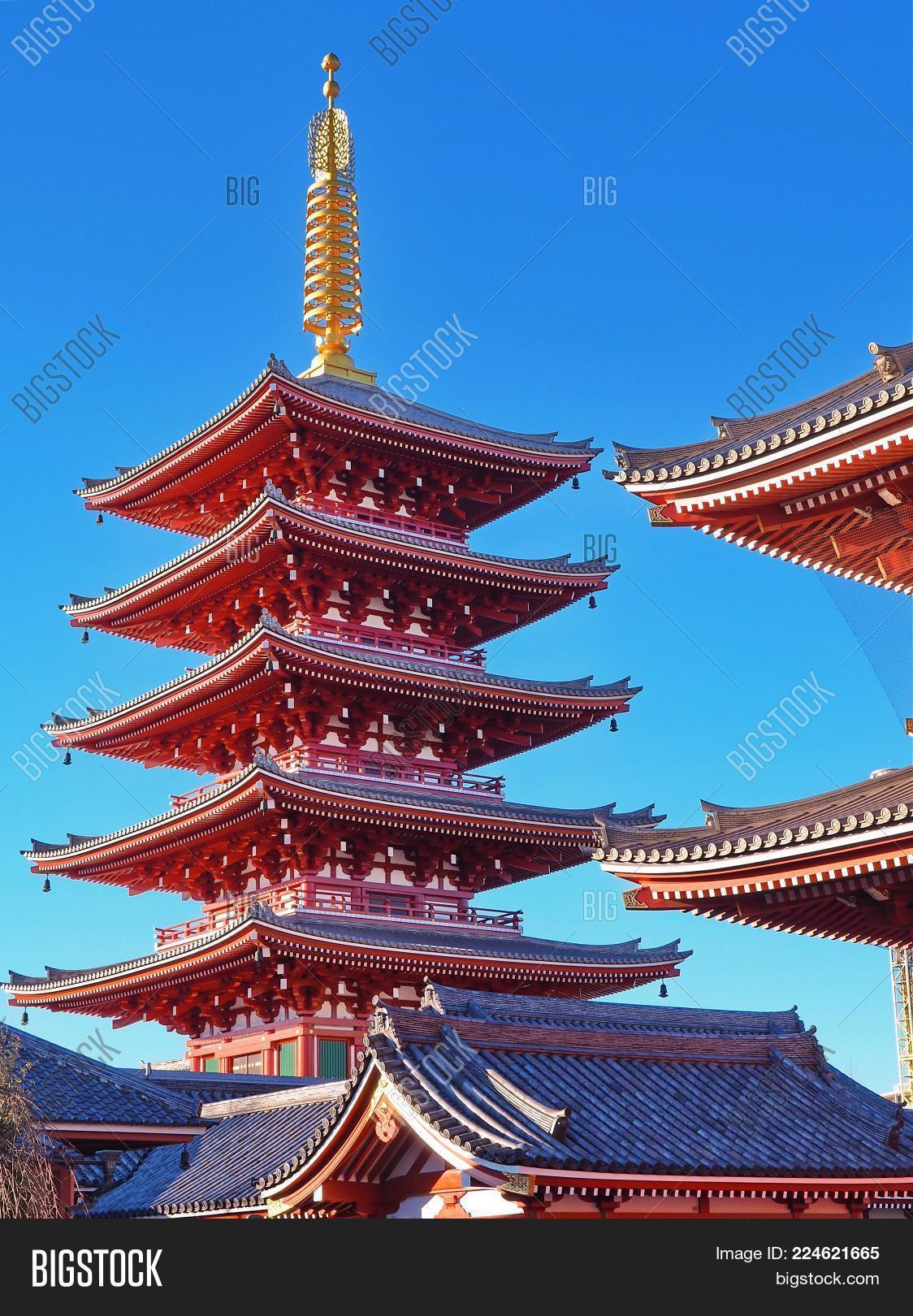 Red Pagoda Golden Image & Photo (Free Trial) | Bigstock