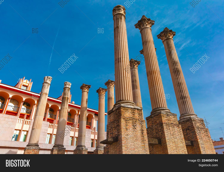 Roman columns powerpoint template roman columns powerpoint background p toneelgroepblik Choice Image