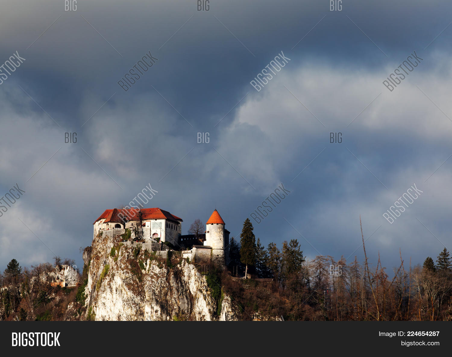 Architecture bled medieval castle powerpoint template architecture your text toneelgroepblik Image collections