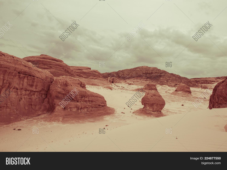 mountain in arid powerpoint template mountain in arid powerpoint