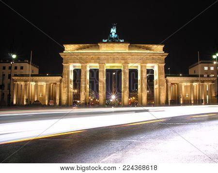 Brandenburg Gate in Berlin in German