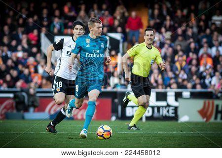 VALENCIA, SPAIN - JANUARY 27: Toni Kroos with ball during Spanish La Liga match between Valencia CF and Real Madrid at Mestalla Stadium on January 27, 2018 in Valencia, Spain