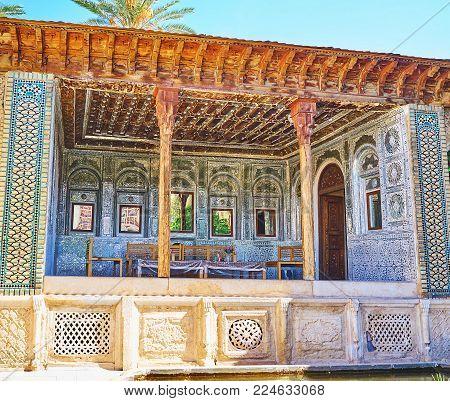 Shiraz, Iran - October 12, 2017: The Mirror Veranda Of Zinat Ol-molk Mansion Served As The Summer Te