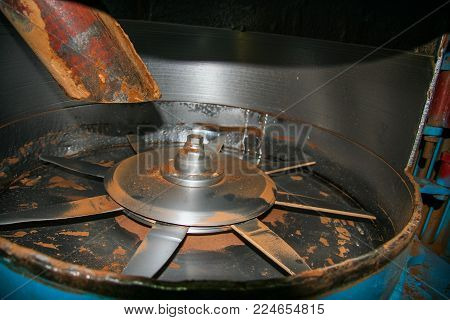 Experimental Fine Grinding Mill