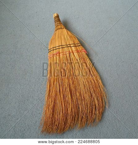 Hand Broom, Broom Made Of Plant Roots, Classical House Broom,