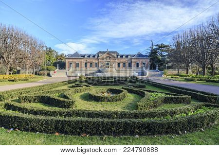 Barcelona,spain-january 15,2017:garden,jardins Joan Maragall And Palace Albeniz,park Montjuic, Barce