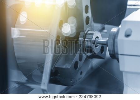 The surface grinding machine .The hole grinding process.
