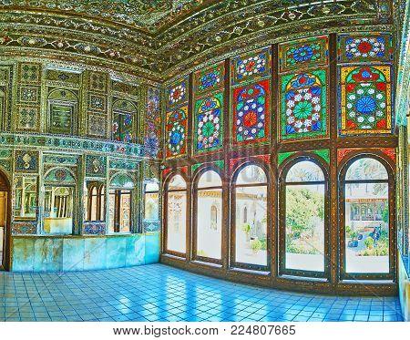 Shiraz, Iran - October 12, 2017: The Mirror Hall Of Zinat Ol-molk Mansion With Complex Decorations O