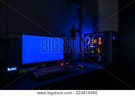 High-End Computing Blue screen technology gaming pc