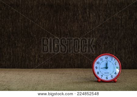 Clock at 12:00 pm stop working,meaning launch time,Or New Year Day at 00:00 o'clock