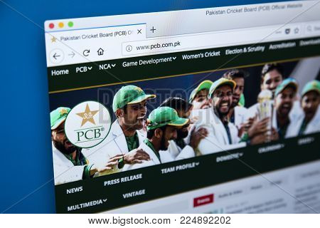 London, Uk - December 4th 2017: The Homepage Of The Official Website For The Pakistan Cricket Board