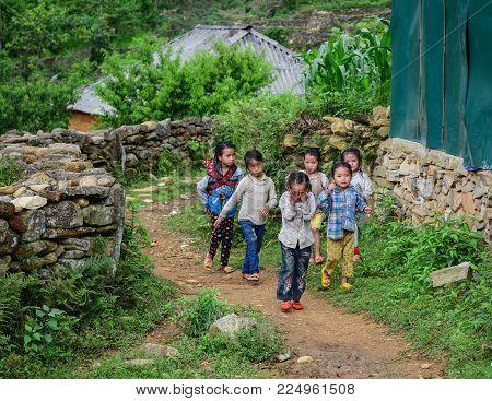 Sa Pa, Vietnam - May 31, 2016. Children Playing At The Village In Sa Pa, Vietnam. Sa Pa Is A Mountai
