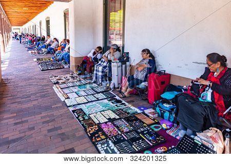 Native American Market, Santa Fe City Center, New Mexico Usa.