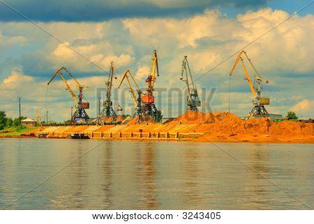 Heavy Working Harbor Cranes