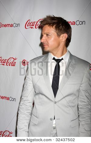 LAS VEGAS - APR 26:  Jeremy Renner arrives at the CinemaCon 2012 Talent Awards at Caesars Palace on April 26, 2012 in Las Vegas, NV