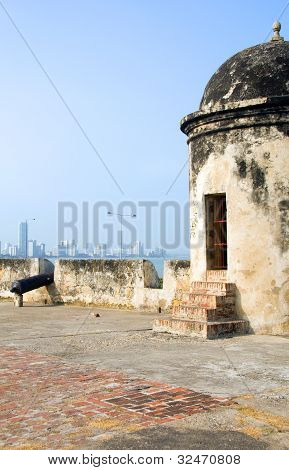 The Wall Cannon View Of Bocagrande Cartagena Colombia South America