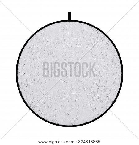 Photograpic Silver Disk Light Reflector Diffuser Screen On A White Background. 3d Rendering