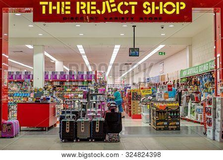 Brisbane, Queensland, Australia: 24th September 2019: The Reject Shop At Westfield Garden City Shopp