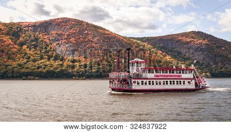 Cold Spring, Ny, September 24, 2019:  River Rose, A Mississippi Paddle Wheeler, On A Fall Foliage Si