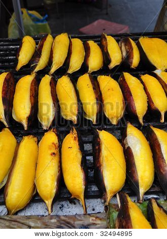 Grilled banana ripening are good to eat poster
