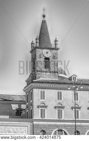 The Basilica Of Santa Maria Del Popolo, Iconic Building And Landmark In Piazza Del Popolo, Rome, Ita