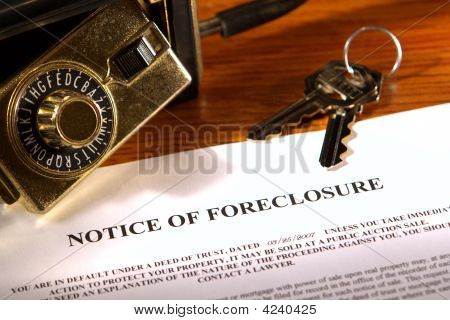 Real Estate Foreclosure Notice and Lock Box