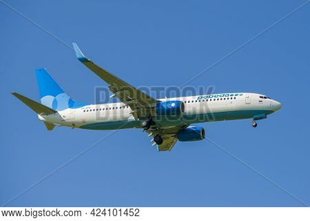 Saint Petersburg, Russia - May 29, 2021: Boeing 737-800 (vp-bfb) Of Pobeda Airlines On Glide Path In