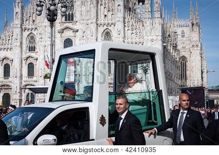 Papa Bento XVI em Milão, Itália