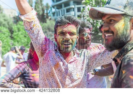 The Lots Of People In The Color Fest, Colored Faces Of The Peoples, Color Festival In India