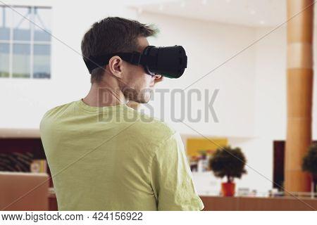 The Using Modern Technology Vr Glasses, Virtual Reality Googles