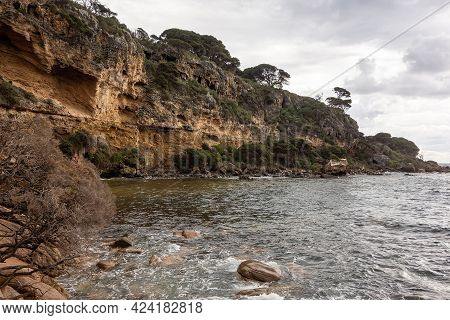 Landscape Of Shelley Cove Near Bunker Bay, Eagle Bay In Western Australia With Rocky Beach In Overca