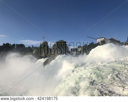 Incredible Beautiful Rhine Falls Which Are The Biggest In Europe Near Schaffhausen In Switzerland 28