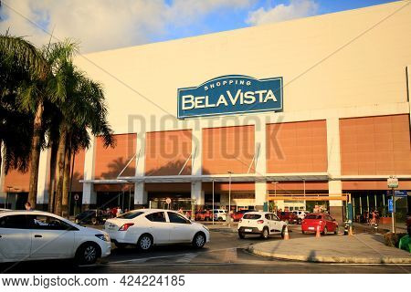 Bela Vista Mall Facade