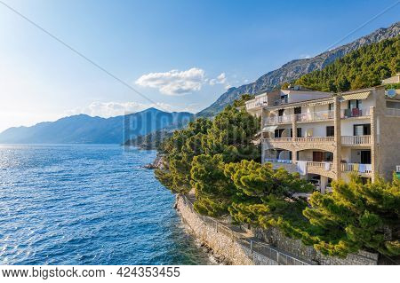 Amazing Coast Of Croatia In Brela Town With Clear Azure Sea, Dalmatia.