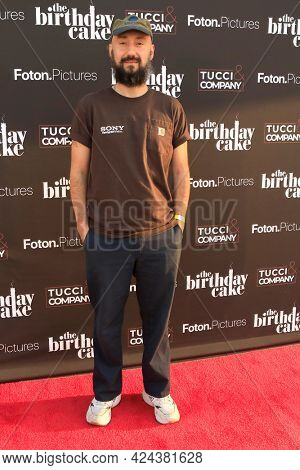 LOS ANGELES - JUN 16:  Jimmy Giannopoulos at The Birthday Cake LA Premiere at the Fine Arts Theater on June 16, 2021 in Beverly Hills, CA