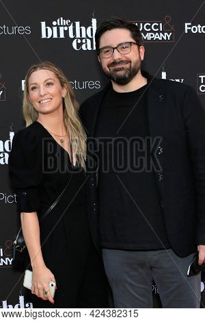 LOS ANGELES - JUN 16:  Kenner Bolt, Carlos Cusco at The Birthday Cake LA Premiere at the Fine Arts Theater on June 16, 2021 in Beverly Hills, CA