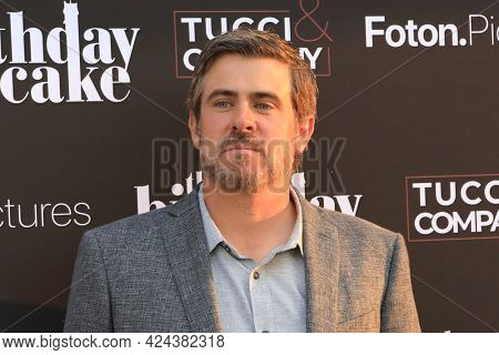 LOS ANGELES - JUN 16:  Garrett Patten at The Birthday Cake LA Premiere at the Fine Arts Theater on June 16, 2021 in Beverly Hills, CA