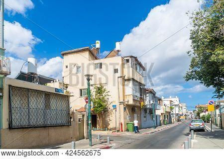 Tel-aviv, Israel - June 17, 2021: Street Scene, With Locals, In Hatikva Quarter, A Working-class Nei